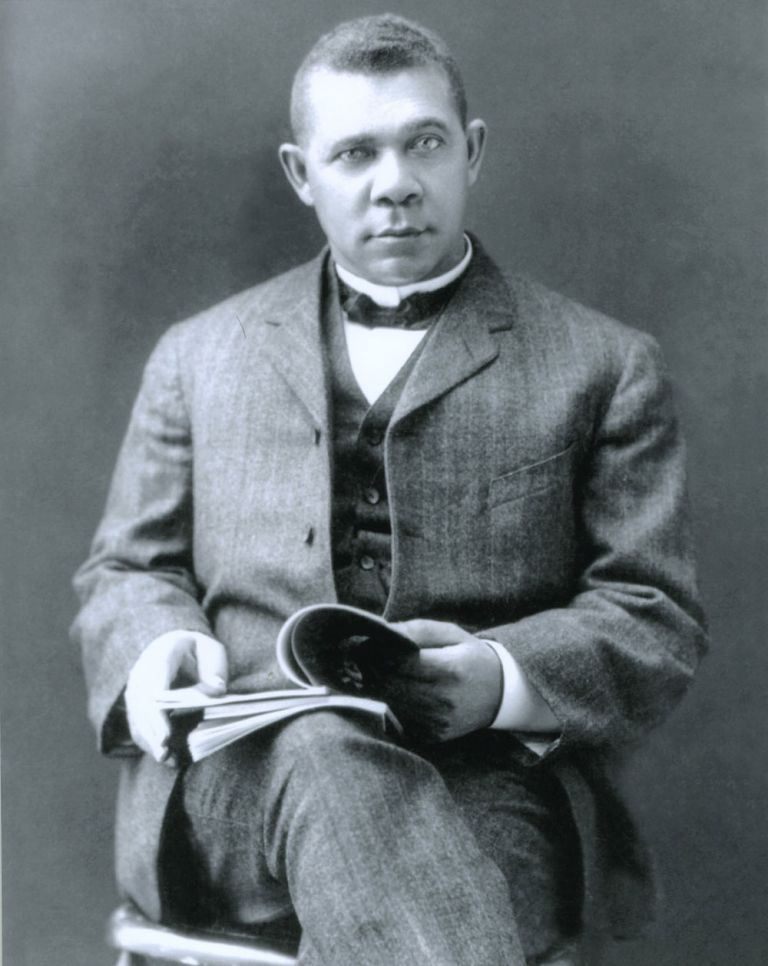 Autograph of Booker T. Washington, with photo. Booker T. Washington.