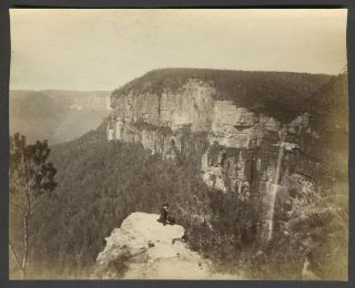 Govetts Leap, Blue Mountains, New South Wales. Albumen photograph. Australia, Photography